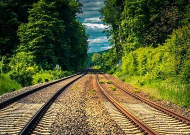 rails-4306770_640