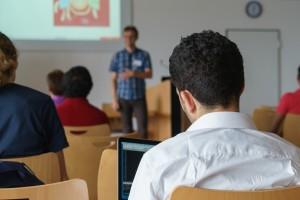 seminar-2654142_1920